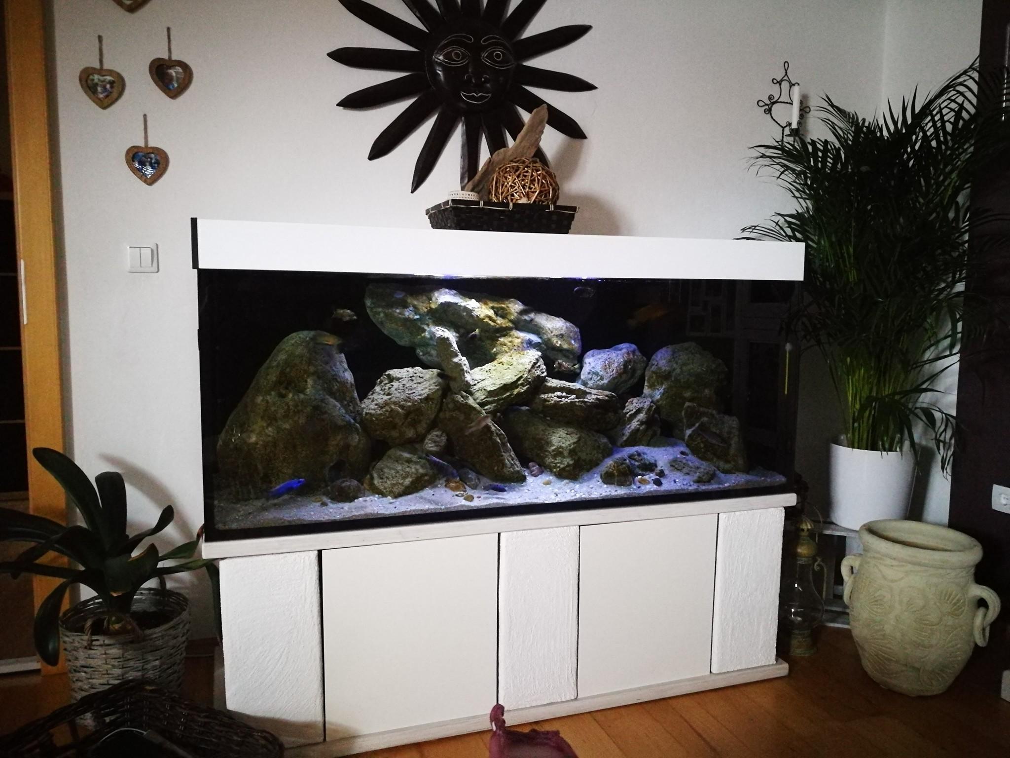 aquarien unterschr nke. Black Bedroom Furniture Sets. Home Design Ideas